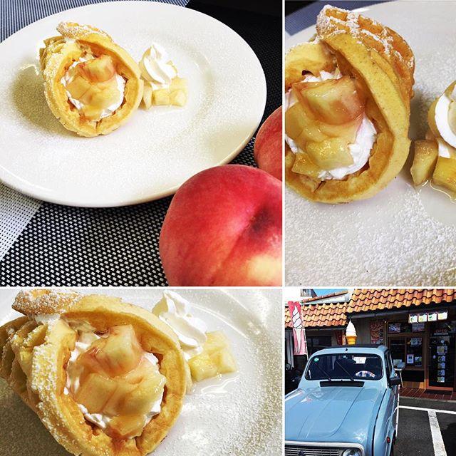 おはようございます️本日、8月20日土曜日も通常営業しております♪ロールワッフルピーチ新鮮な桃を30度ボーメシロップに潜らせて桃の美味しさ、香りを更に引き出してロール&サンドして作ってますょ〜〜♪この時期限定のワッフルピーチ是非お試し下さいね(^o^)/ 今日も美味しいワッフル&ナポリタンを作ってお待ちしています♪ #オリオンスイート #ワッフル #ナポリタン #アメリカンワッフル #ロールワッフル #サンドワッフル #ベルギーワッフル #カフェ #宇都宮 #宇都宮ランチ #宇都宮カフェ #女子会 #パフェ #ピーチ #もも #桃 #シロップ #ガトーショコラ #チーズケーキ #ラスク #ふラスク #orionsweet #naporitan #cafe  #pafe #ranch #peach #キャトル