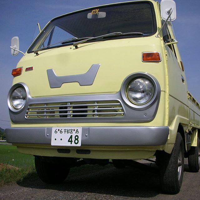 ホンダ TN360 TN3 1971年昔のホンダの軽トラッTN360♪ボロボロだったこのトラックを綺麗に仕上げましたフロントにはホンダのマークがデカデカと入ってる(もちろん元々)のがお気に入りです当時は、こんなにオシャレな色の軽トラックが有ったんですオープンスポーツカーも好きですが、昔の商用車もなかなかオシャレで好きです #ホンダ #TN360 #N360 #トラック #軽トラ #本田宗一郎 #旧車 #クラシックカー #vintagecar #classiccar #honda